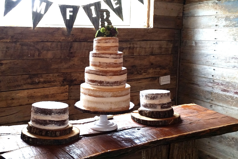 wedding-cake-table-civil-war-ranch_01.jpg